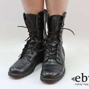 Vintage 90s Grunge Black Leather Combat Boots Men's Combat Boots 6.5 Women's Combat Boots 8.5 9 Grunge Boots Work Boots Lace Up Boots