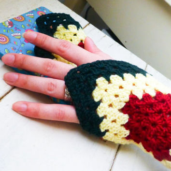 Crochet fingerless gloves, wrist wraps, wrist cuffs, fingerless gloves rasta, ready to ship, handmade, hand crochet, granny square, colorful