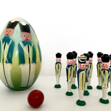 Vintage Polish Nesting Doll Egg Bowling Set Wooden Game. Toy Soilders. 9 Men and 1 Ball.