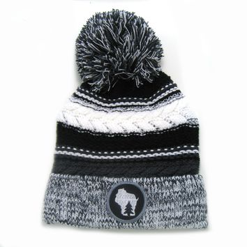Chunky Knit Pom Pom Beanie - Wisconsin gray and black