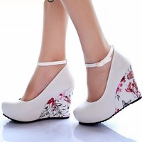 Fashion Ankle Strap High Wedges Platform Summer Pumps For Women Casual Elegant Flower Print Wedges Platform Shoes mary jane