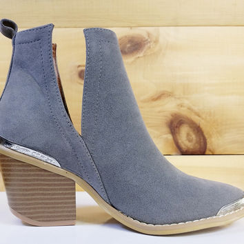 Maple Western Pull On Bootie Gray
