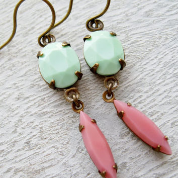 Mint and Pink Earrings, Prom Jewelry, Retro Earrings, Vintage Rhinestones, Pin Up, 50s style, Green and Pink, Summer Jewellery. Pastel