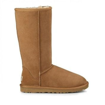 DCCK8X2 Classic Tall Tall Suede Boot