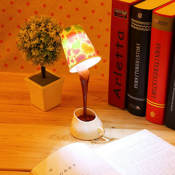 Home Creative DIY Coffee Cup LED Down Night Lamp Home USB Battery Pouring Coffee Table Light for Study Room Bedroom Decoration