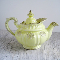 Vintage Hall China Teapot  Country Cottage by GoldenDaysAntiques