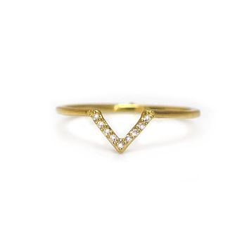 Diamond V Arc Ring