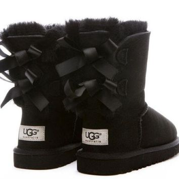 UGG:: bow leather boots boots in tube H