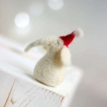 Needle Felt Elephant - Christmas Dreamy White Elephant  -Needle Felt Art Doll -  Withe Jumbo - Christmas Decor - Christmas Ornament