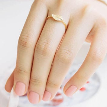 Rustic Single Leaf Ring, 18k Gold plated or Silver plated