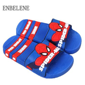 2018 baby girls boys slippers children pvc rubber cartoon captain america Iron spiderman kids home sandal shower shoes FA031