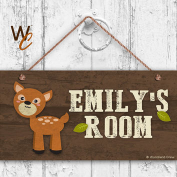 "Deer Sign, Woodland Personalized Sign,Kid's Name, Kids Door Sign, Baby Nursery Wall Decor, Weatherproof, 5"" x 10"" Sign, Made To Order"