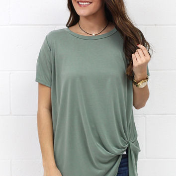 Get Twisted Comfy Short Sleeve Basic {L. Green}