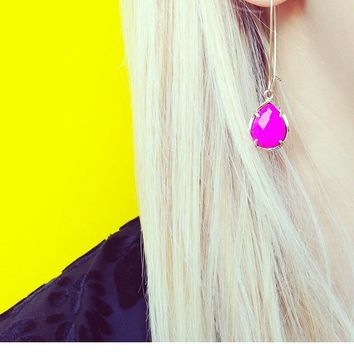 Dee Earrings in Magenta - Kendra Scott Jewelry