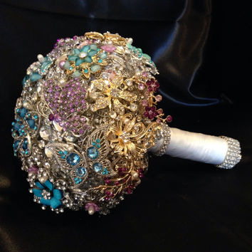 Wedding Brooch Bouquet. Deposit on made to order Crystal Bling Diamond Bridal Broach Bouquet. Pink Purple Gold Blue Jeweled Broach Bouquet