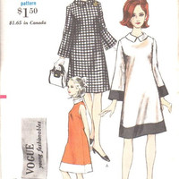 Vogue 6881 Sewing Pattern Retro Mod Style A-line Tent Dress Bell Sleeves Color Block High Neck Uncut FF Bust 36
