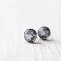 $15.00 Full moon earrings  Tiny earring studs E097 by BeautySpot on Etsy
