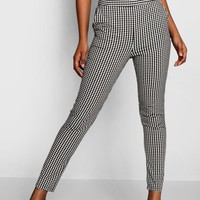 Gingham Pocket Front Trousers | Boohoo