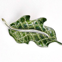 Vintage ULTRA Craft Leaf Brooch, Green Enamel Silver Leaf Pin, Green Textured Leaf Brooch, Figural Brooch, Botanical Brooch.