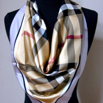 One-nice™ New Authentic Gray Border Burberry Beige Check Twill Silk Scarf Medium Size