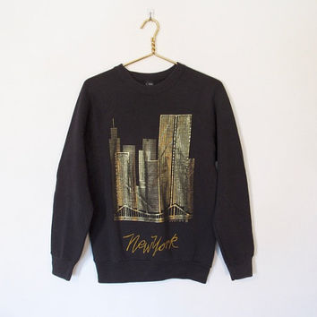 Vintage 1990s Black & Gold Metallic New York Sweatshirt / NYC Skyline / Souvenir Pullover Shirt