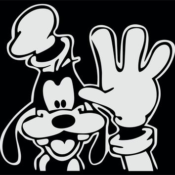 Goofy Waving Vinyl Decal Sticker Car Truck Window Wall Bumper
