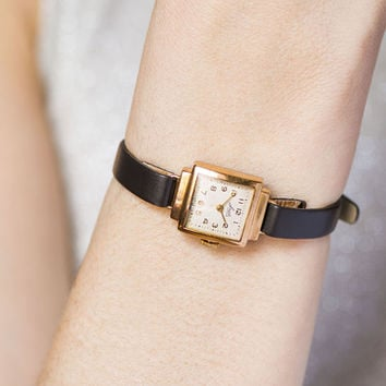 Retro woman watch Ray, gold plated lady wristwatch, cocktail lady watch mechanical, square womans watch small, premium leather strap new