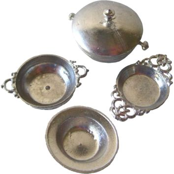 Miniature Serving Dish Set Pewter Made in Germany / Dollhouse Serving Set / Doll Furniture
