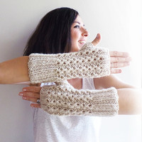 Christmas Sale 20 % OFF Geometric Fingerless Gloves, Black and White Knitted Arm Warmers
