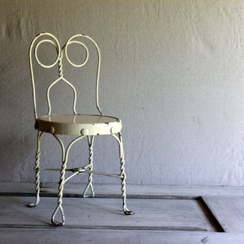 Childrens Ice Cream Parlor Wire Chair : vintage