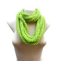 Finger Knitting Scarf Green  Necklace scarf   Winter Accessories-chain loop scarf