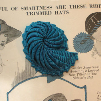 Nautilus Shell Ribbon Cocarde Applique