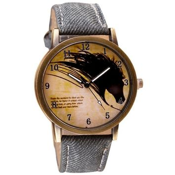 Vintage Brief Painting Horse Quartz Wrist Watch