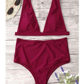 Trendy wine red women's swimsuit with a full-color swimsuit and sexy two-piece bikini
