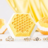 Honeycomb Bath Bomb - Honey Bee Ring Collection (3-Pack)