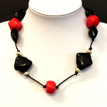Black and Red short necklace, Acrylic bead necklace,  black leather cord necklace, statement necklace, jewelry, women's gift