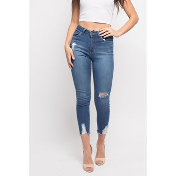 Basic Distressed Cropped Jeans