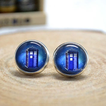 Doctor Who Stud Earrings, Tardis Earrings Jewelry , Time Machine Police box ear stud earrings (E66)