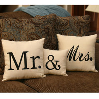 Mr & Mrs Linen Throw Pillows (Set of 3)