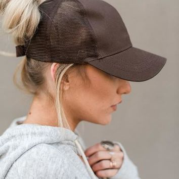 Messy Bun Baseball Hats - Brown