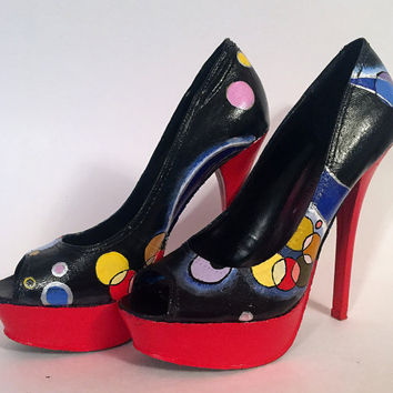 Hand Painted Pumps - Wassily Kandinsky 'Several Circles' High Heels