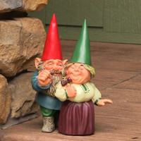 Adorable Couple Garden Gnome Statue