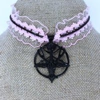 Enchantress Choker (pink)