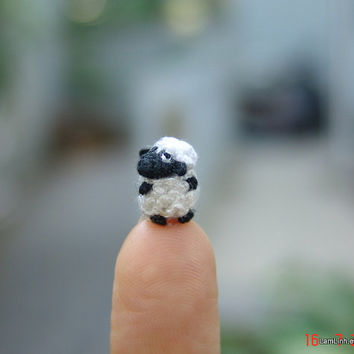 micro crochet fat sheep