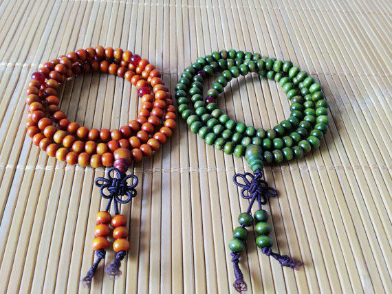 3 circles  Deep Green wood beads women bracelet, men bracelet  1309A