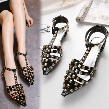 Summer Stylish Roman Rivet Hollow Out Sandals = 4804955908