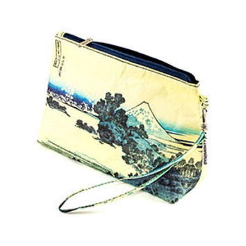 Hokusai Mighty Wristlet