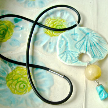 Aqua Lace Ceramic pendant with Ginkgo leaf design and turquoise stone and gold bead, lariat necklace, romantic statement necklace.