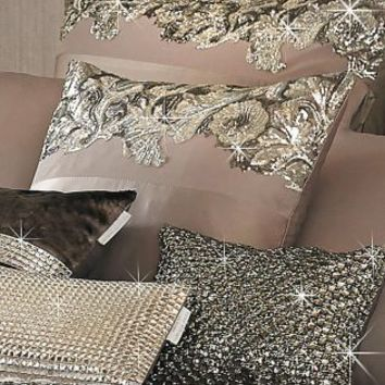 Buy Kylie Petra Nude Cushion online today at Next: Deutschland