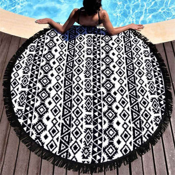 Beach Throw Tapestry Yoga Towel Mat Round Mandala Tapestry Wall Hanging Mat Women Fashion Printed Round Picnic Blanket Shawl
